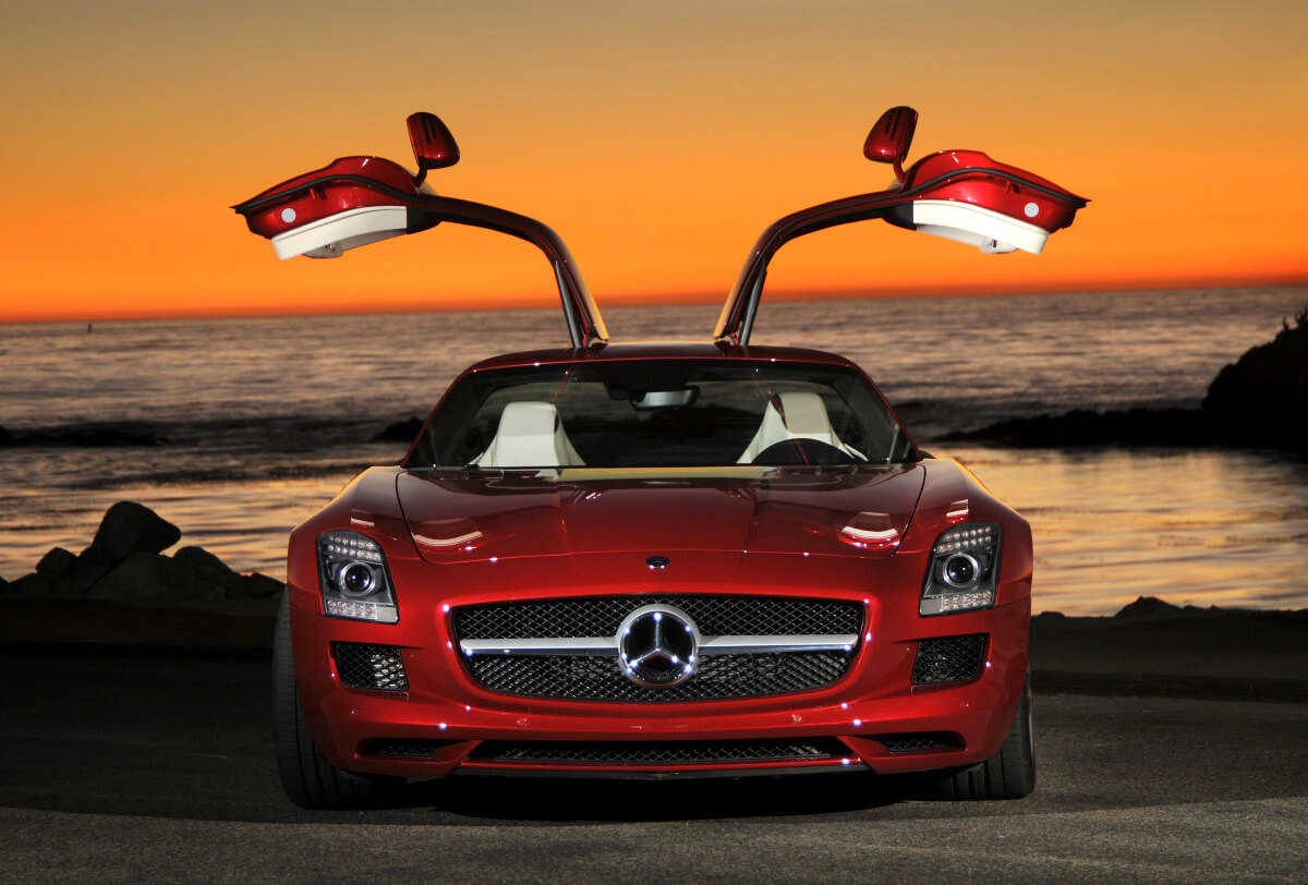 sony offers a real mercedes benz sls amg for playing gran turismo amg market mercedes benz. Black Bedroom Furniture Sets. Home Design Ideas
